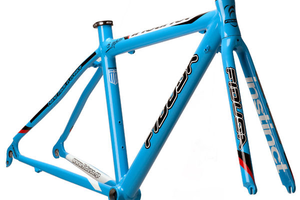 INSTINCT-BLUE-45--600x400 Fidusa Instinct Road Bike