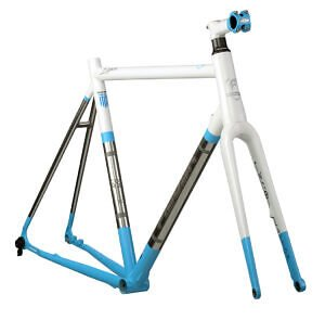 Gravel-Frame-XCR-300x295 Gravel: O νέος τύπος ποδηλάτου που συναρπάζει τους αναβάτες!/Gravel bikes are the latest bike evolution to attract the attention of riders! Νέα