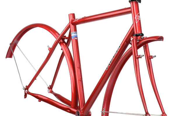 CR-MO-Red-frame-clear-w-fenders-scaled-600x400 Panayioti's Cro-Moly Touring Frame