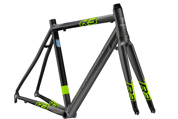 R3-BLACK-ANTRACHITE-clear-scaled-600x400 Fidusa R3 Alloy Road Bike