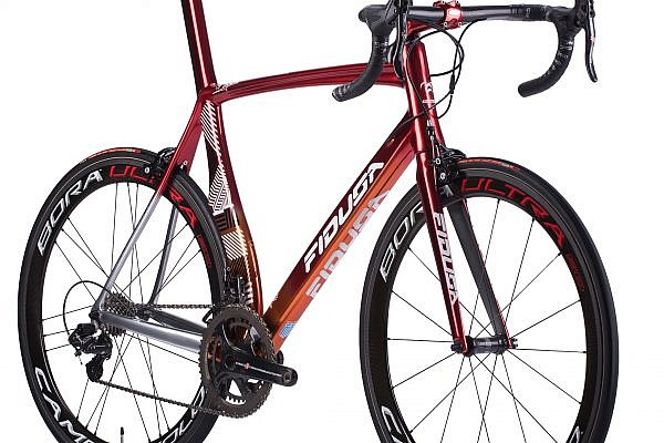 handmade-carbon-road-bicycle12-600x400 Veleno Carbon Road Race Bicycle