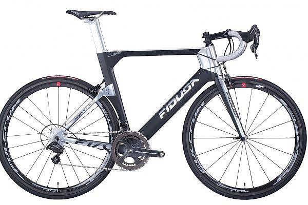 handmade-carbon-road-bicycle19-600x400 Fidusa F17C Custom Carbon Aero Road Race Bicycle