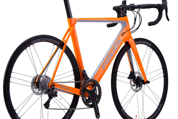 handmade-carbon-aero-disc-road-bicycle10-scaled-600x400 Christos' F18D Carbon Aero Road Disc Bicycle